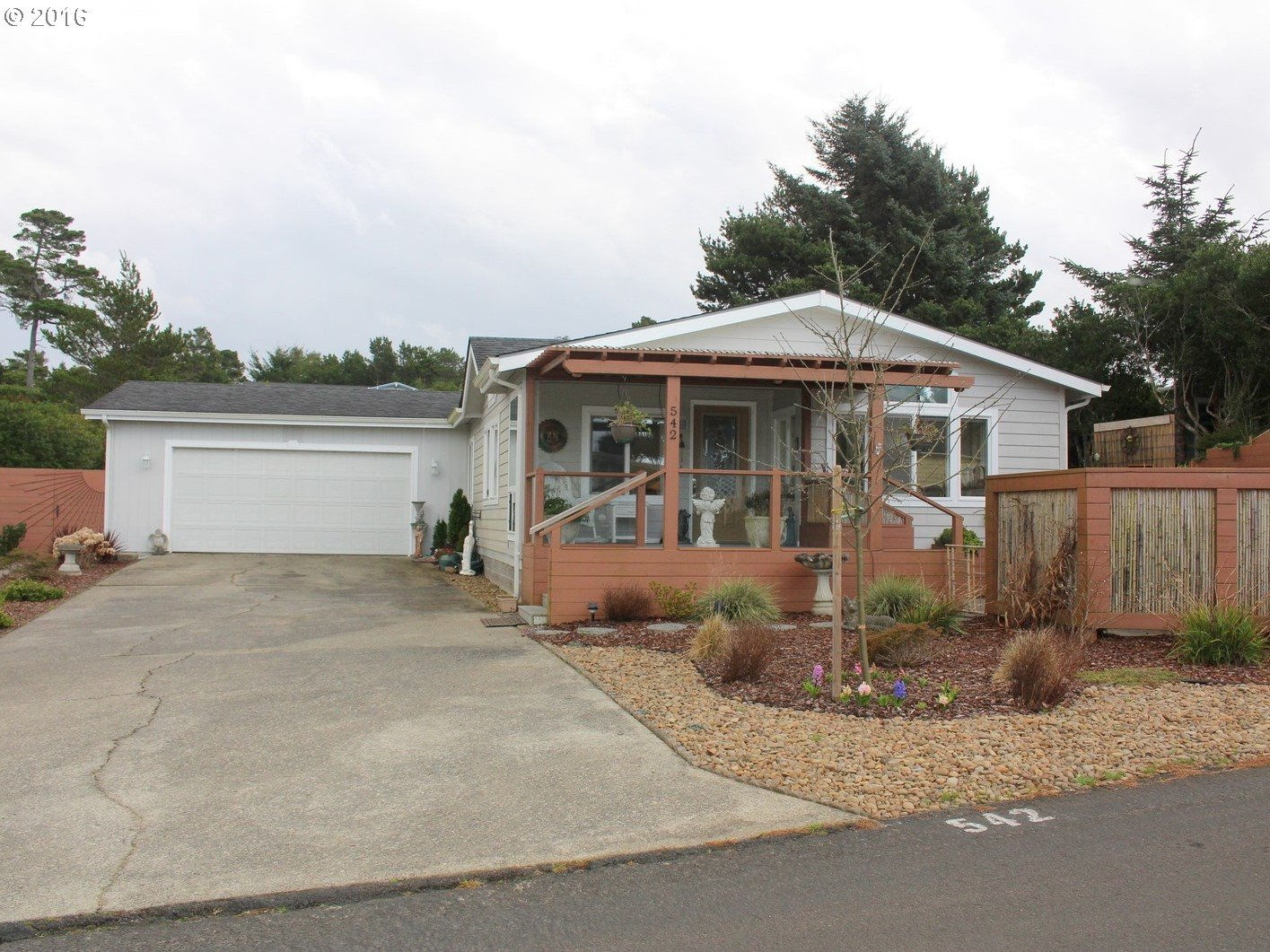 1601 rhododendron dr 542 dr apt 542 florence or 97439