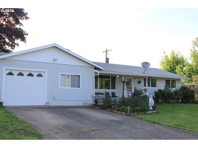 241 S M St, Cottage Grove, OR