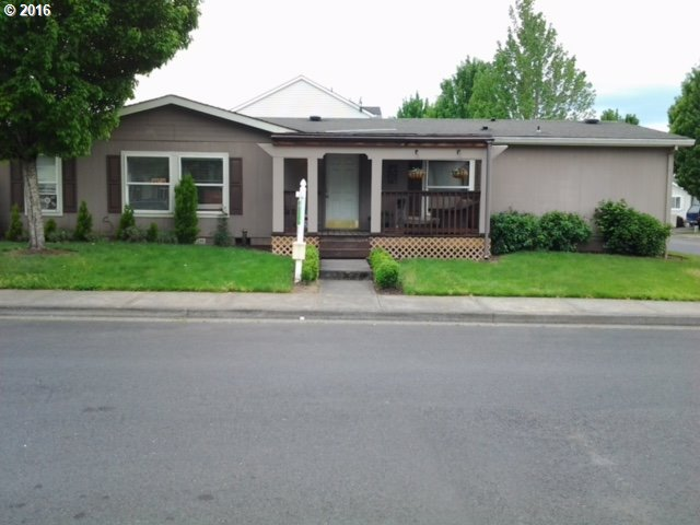 669 N 25th Ave, Cornelius, OR