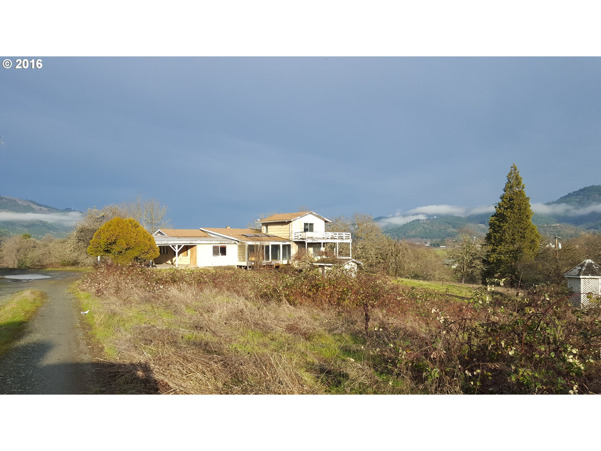 3716 Weaver Rd, Riddle, OR