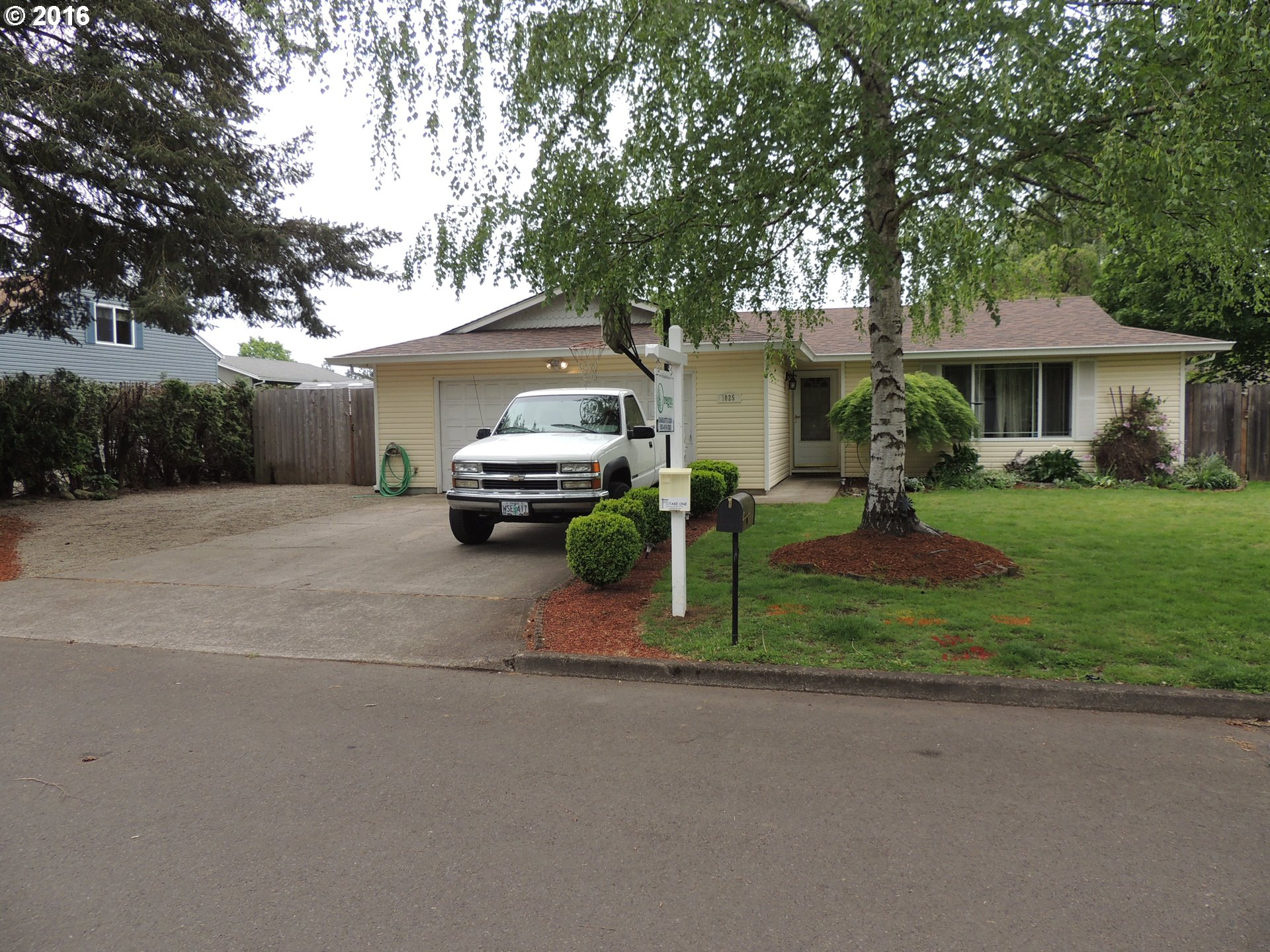 1025 S Grant St, Canby, OR