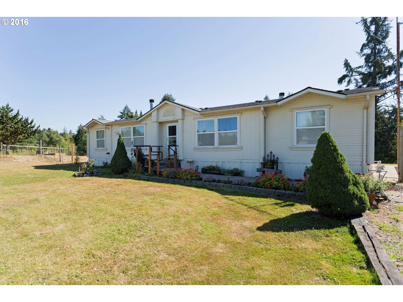 24800 SW Labrousse Rd Sherwood, OR 97140
