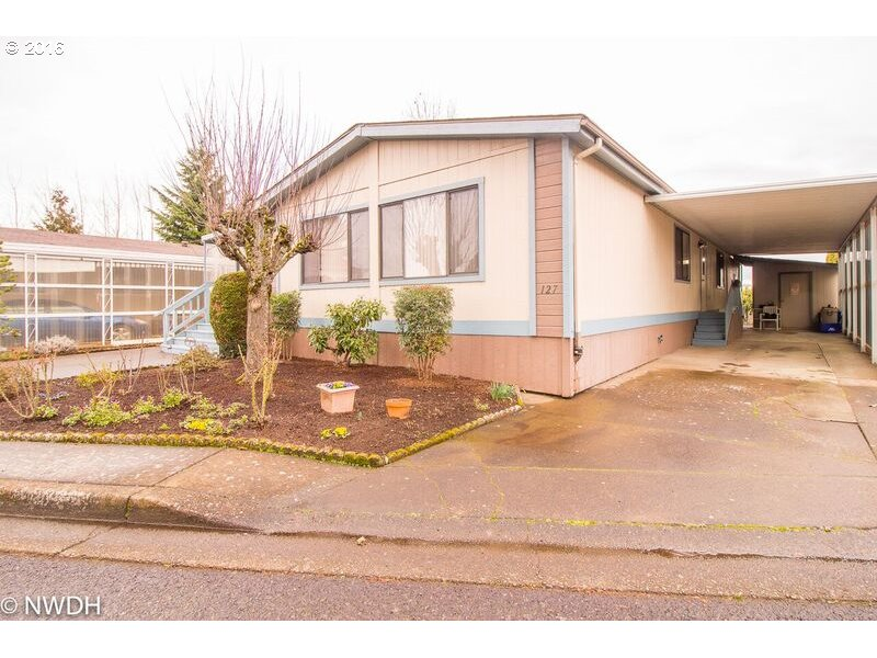 1199 N Terry St #SPACE 127, Eugene, OR