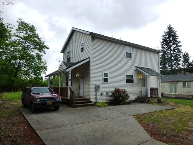 2132 SE 162nd Ave, Portland OR 97233