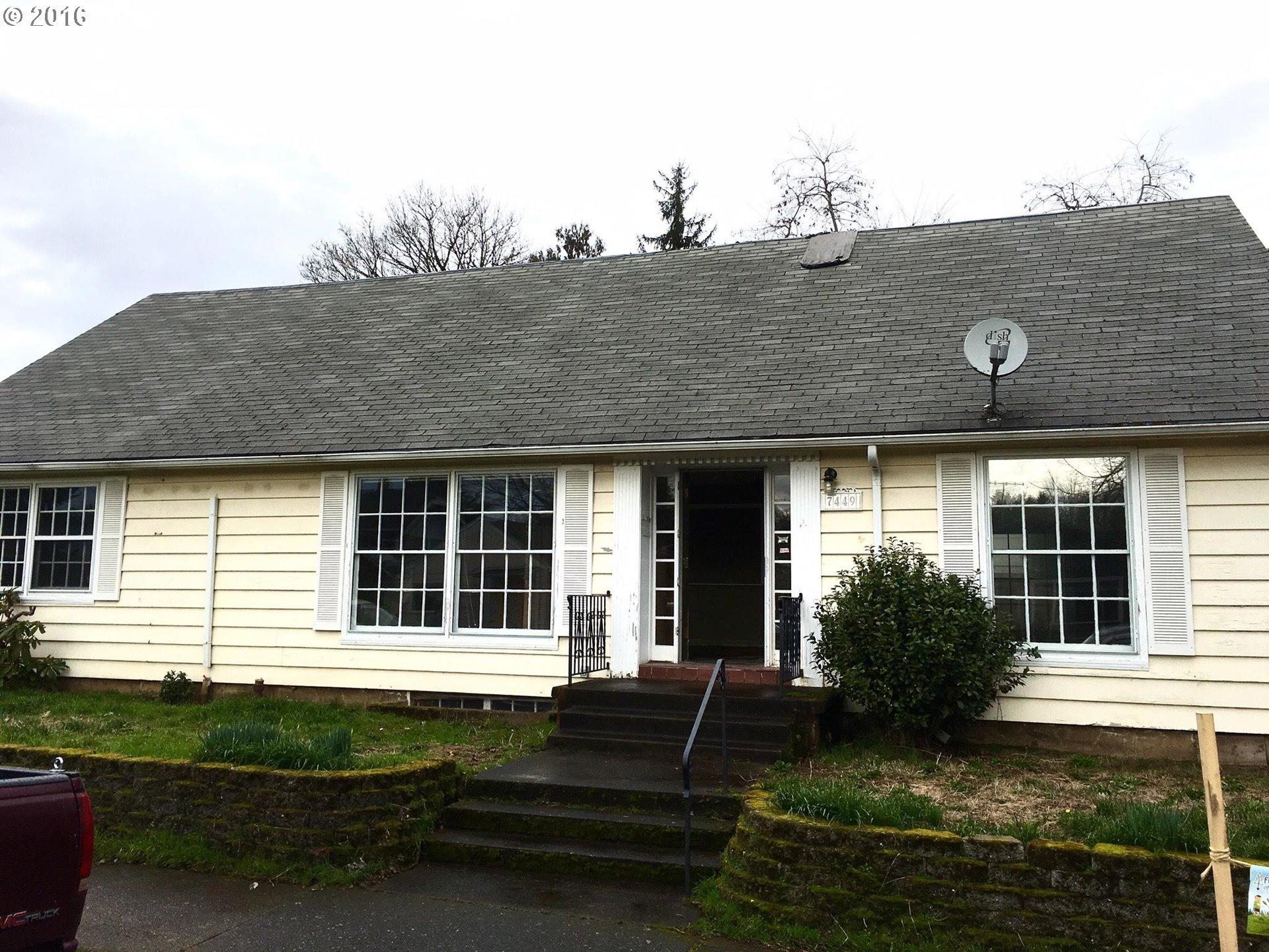7449 SE Long St, Portland, OR
