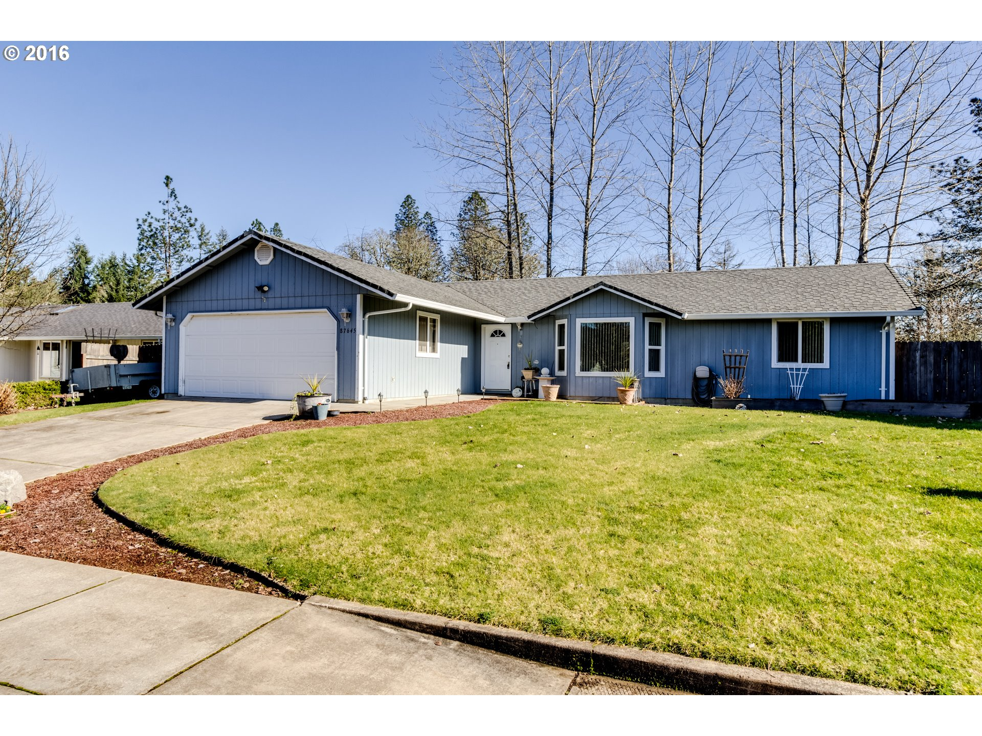 87645 Oak Island Dr, Veneta, OR