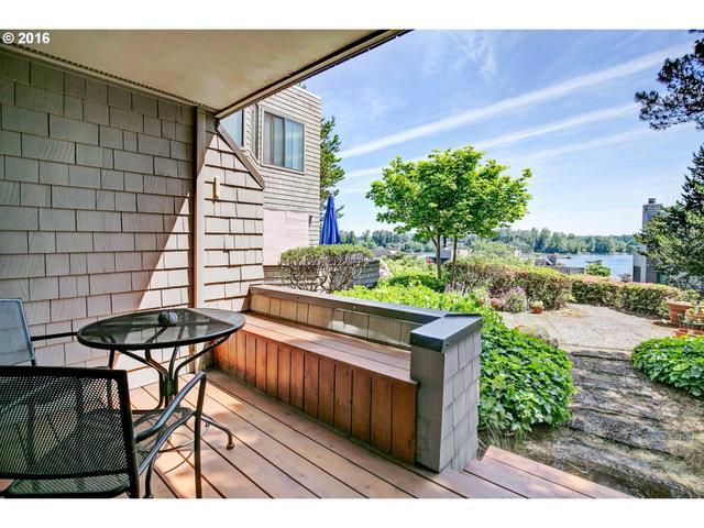 5858 SW Riveridge Ln 27 #APT 27, Portland OR 97239