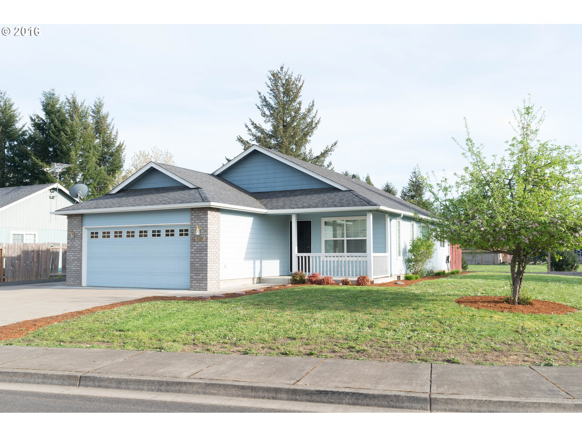 25168 Jake St, Veneta, OR