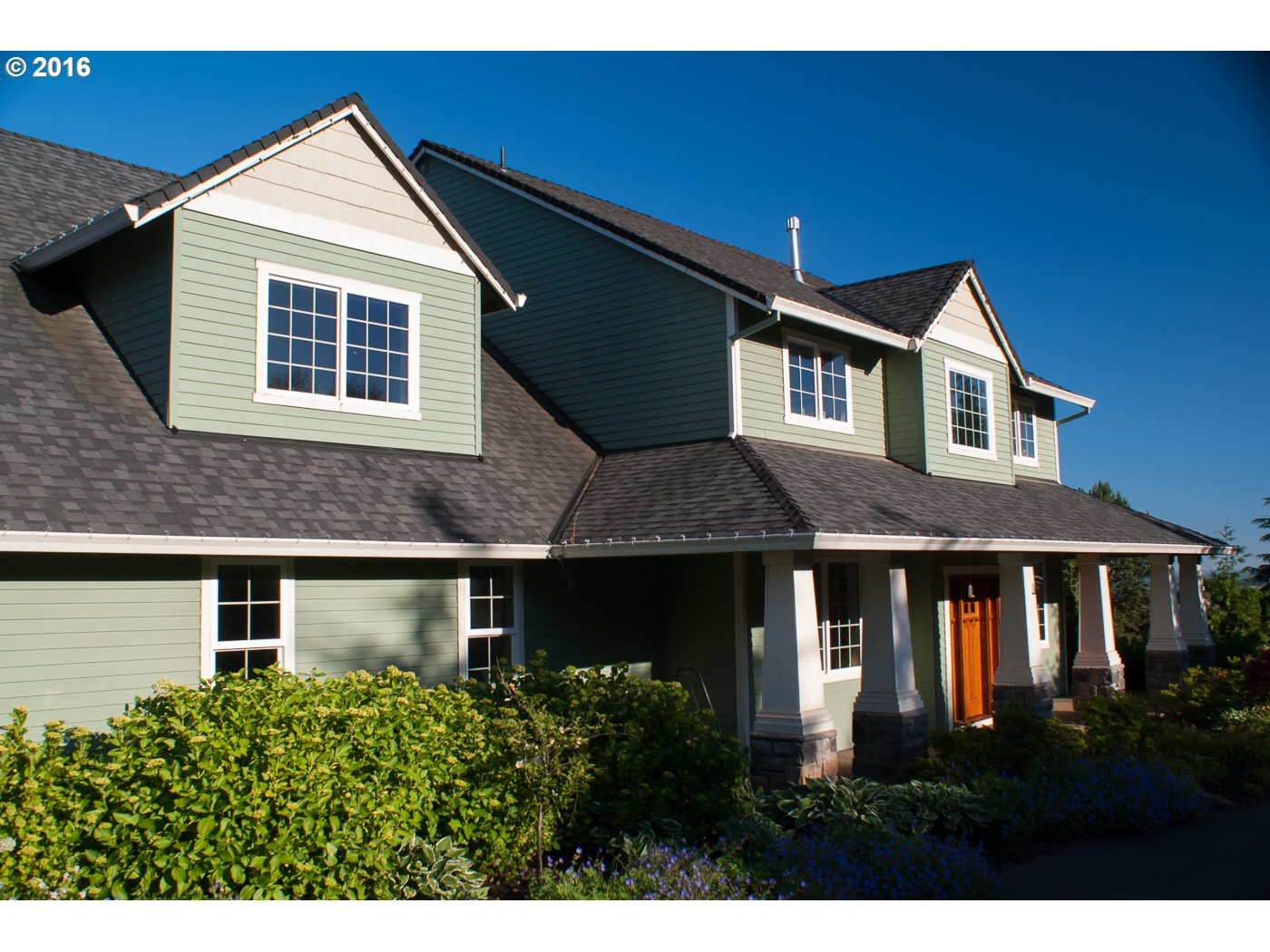 331 NW Alder St Dundee, OR 97115