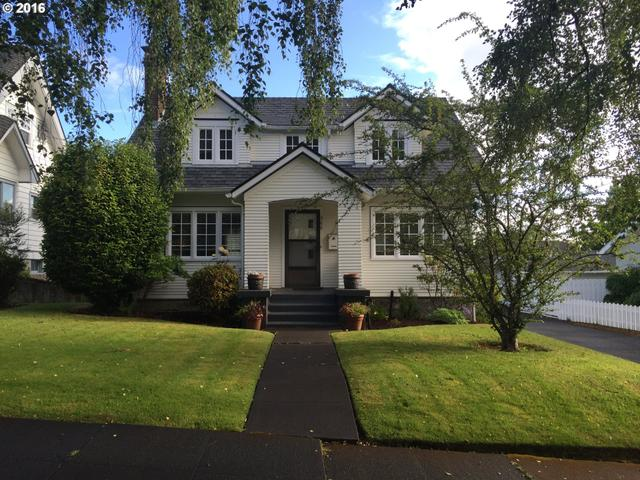 560 Hall Ave Coos Bay, OR 97420