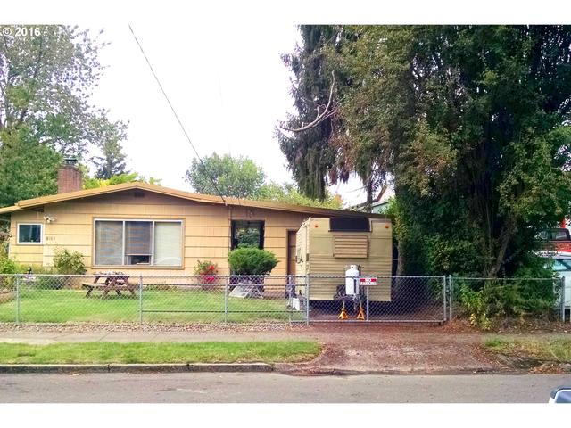Loans near  SE Center St, Portland OR