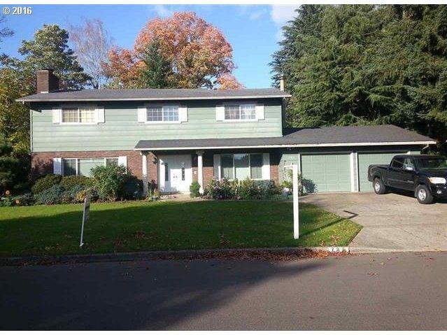 785 Garfield St, Woodburn, OR