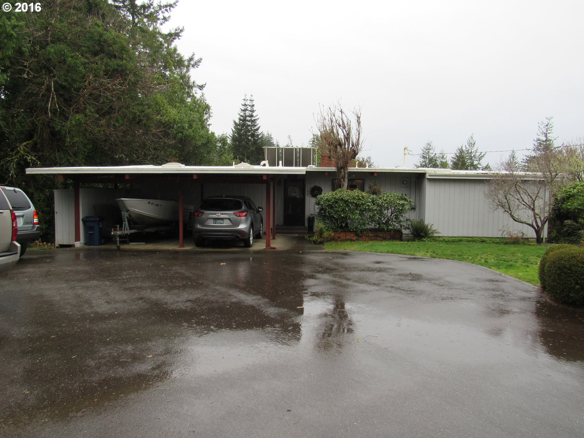 1159 E 1st Pl, Coquille, OR