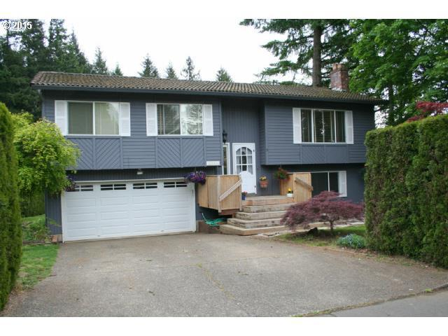 21064 S Mossy Rock Ct, Oregon City OR 97045