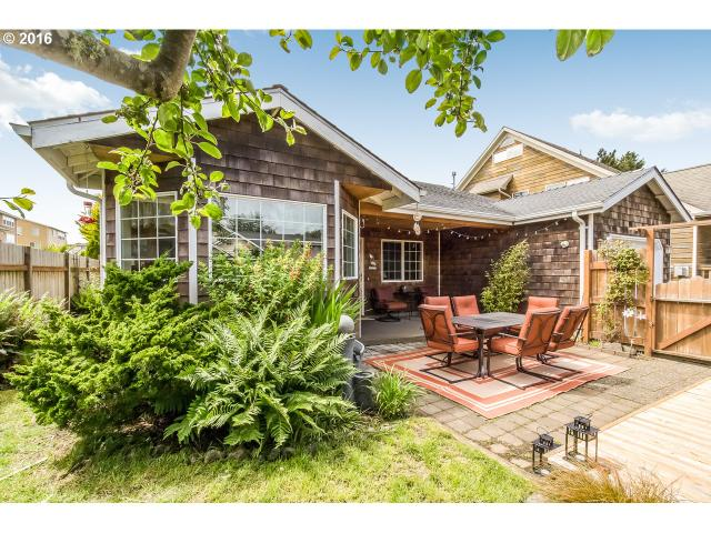 3233 NW Lee Ave, Lincoln City, OR