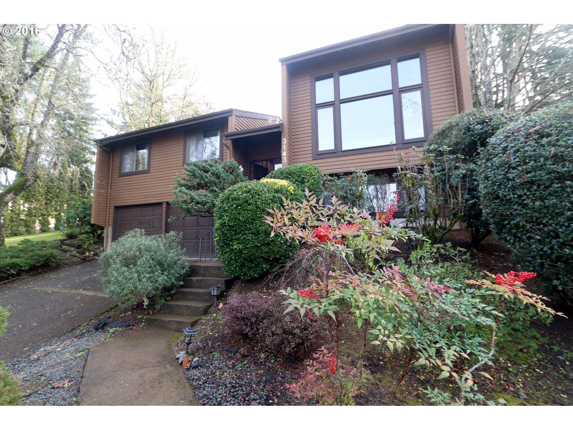 3143 Kevington Ave, Eugene, OR