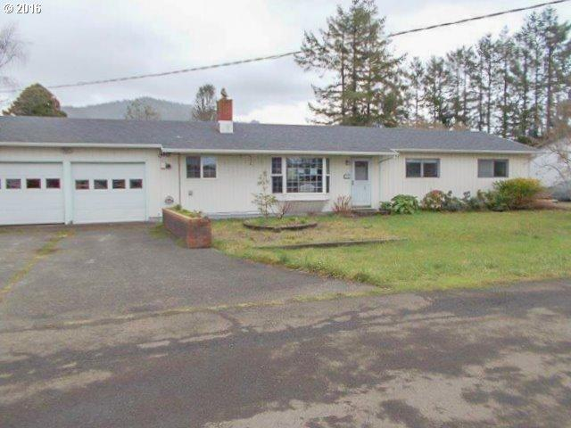 165 Hummingbird Ln, Tillamook OR 97141