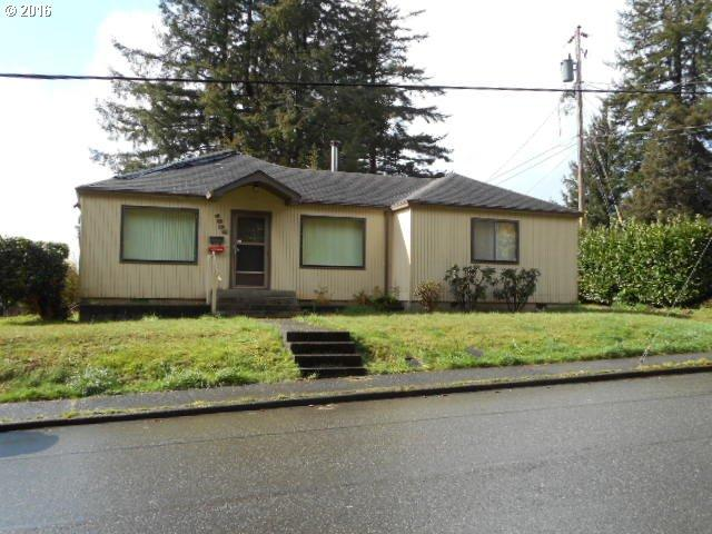 1535 N 14th St, Coos Bay OR 97420