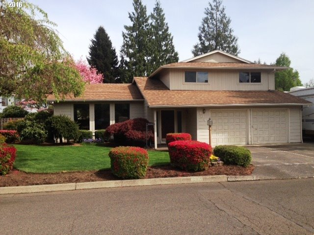 1040 N Ash St, Canby, OR