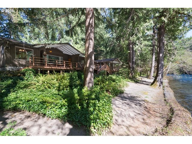 55110 Mckenzie River Dr, Blue River, OR