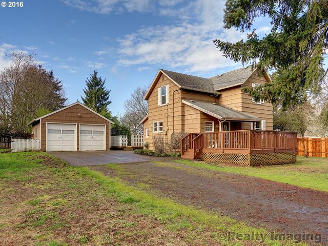 976 Woodlawn Ave, Oregon City OR 97045