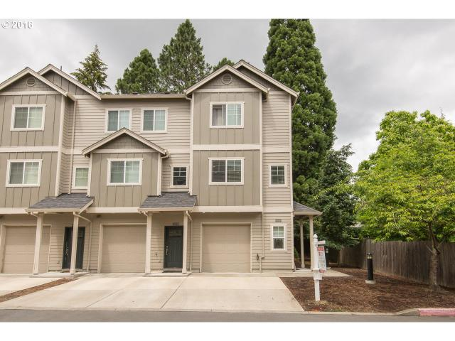 10341 SW Hollyridge Ln, Beaverton, OR