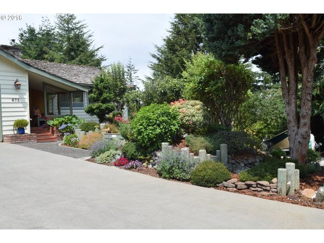 675 Telegraph, Coos Bay OR 97420