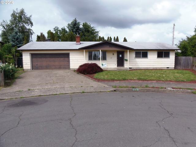 249 S 35th St, Springfield, OR