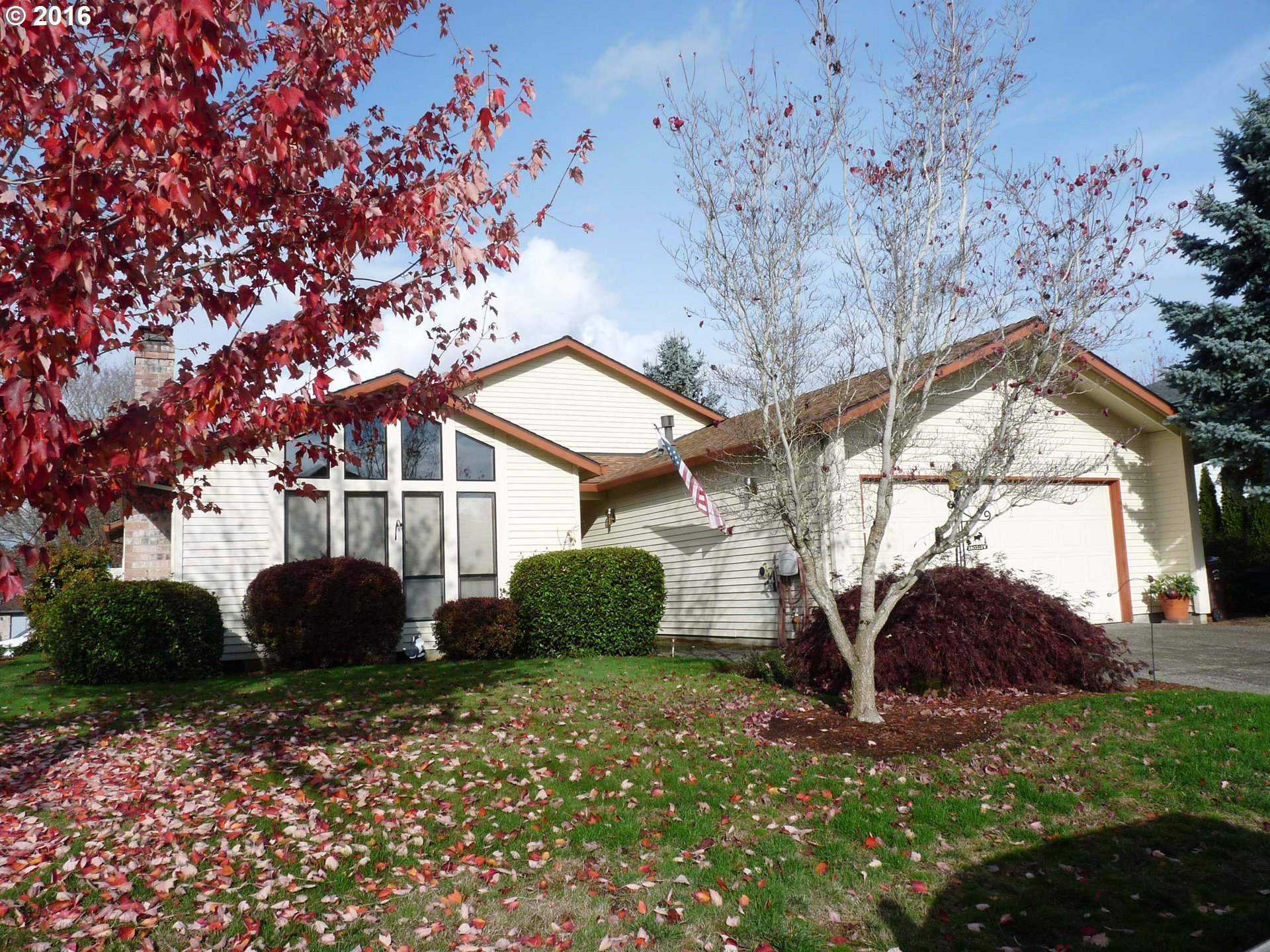 17475 NW Woodmere Ct, Beaverton, OR