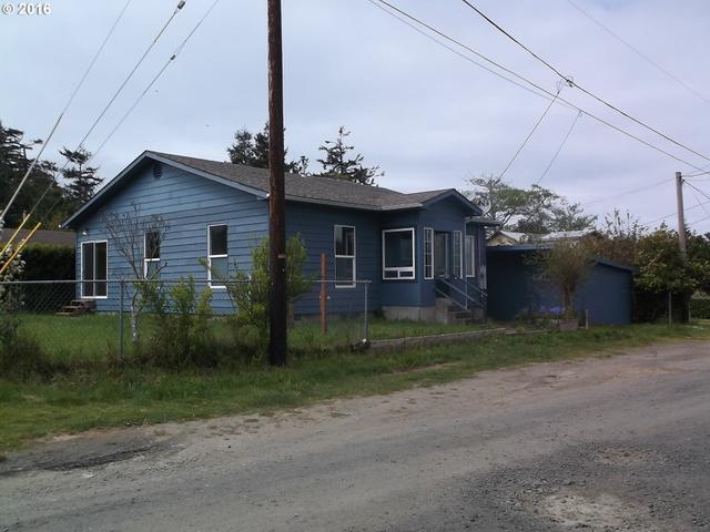 63600 N Spring Rd, Coos Bay OR 97420