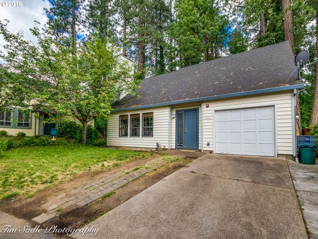 9712 SW London Ct, Portland, OR