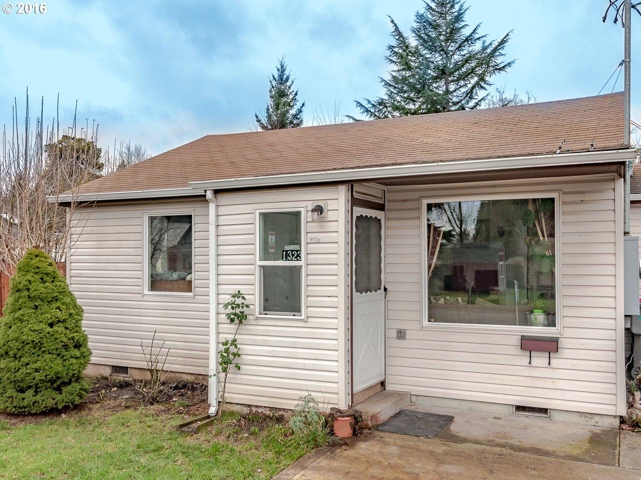 1323 NE Logan St, Mcminnville, OR