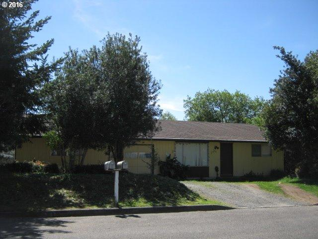 2505 Lewis, North Bend OR 97459