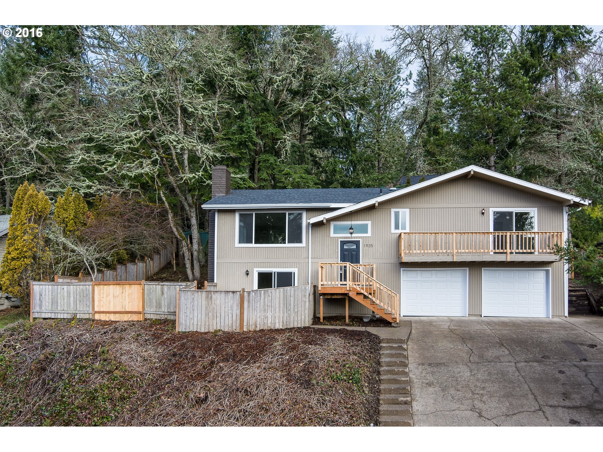 1935 Tigertail Rd, Eugene, OR