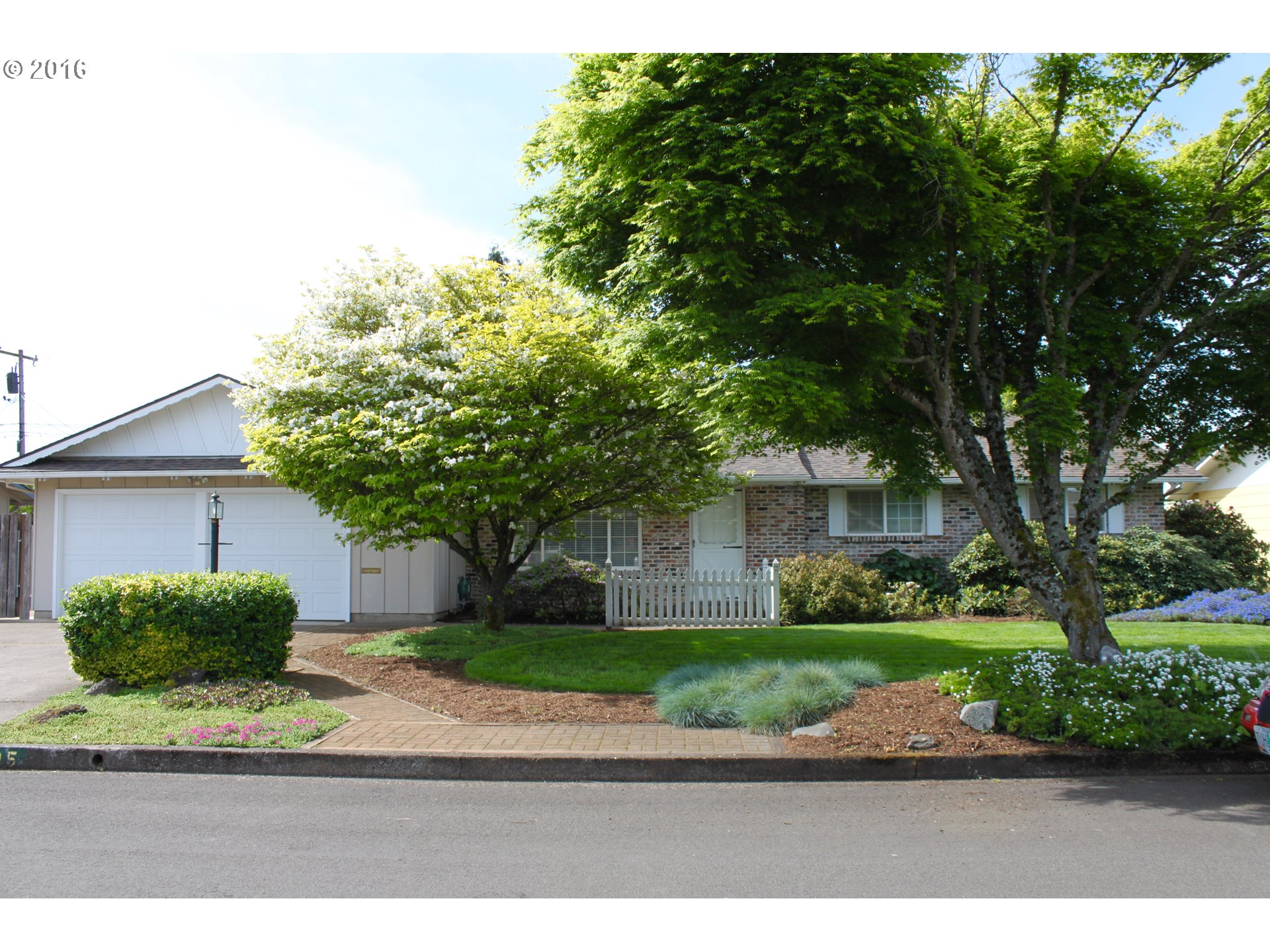 405 Mansfield St, Springfield, OR