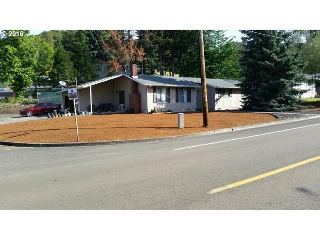 1692 Newton Creek Rd, Roseburg, OR