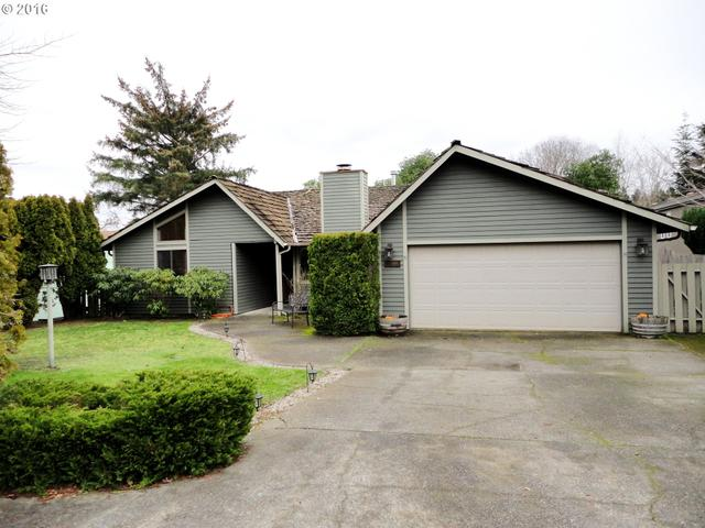 815 Seabreeze Tr, Coos Bay OR 97420
