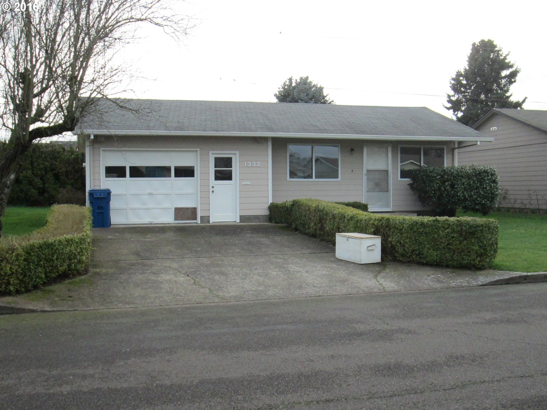1332 Thompson Rd, Woodburn, OR