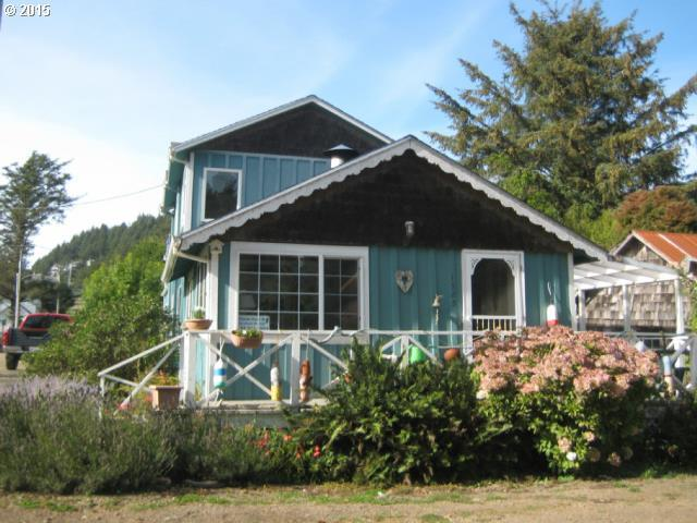 1325 Sunset Ave, Tillamook OR 97141