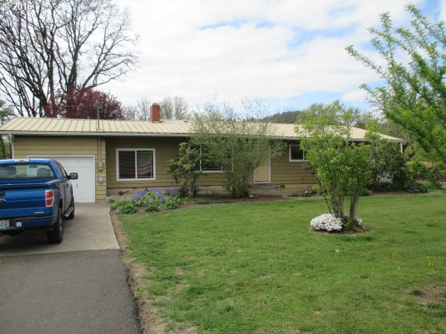 8775 Fort Hill Rd, Willamina, OR
