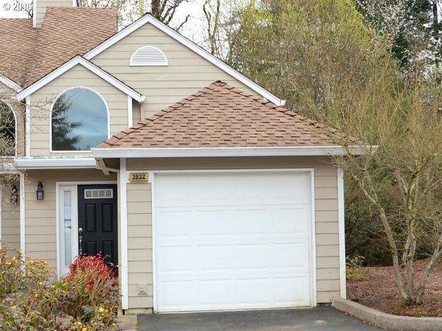3932 Carman Dr, Lake Oswego, OR
