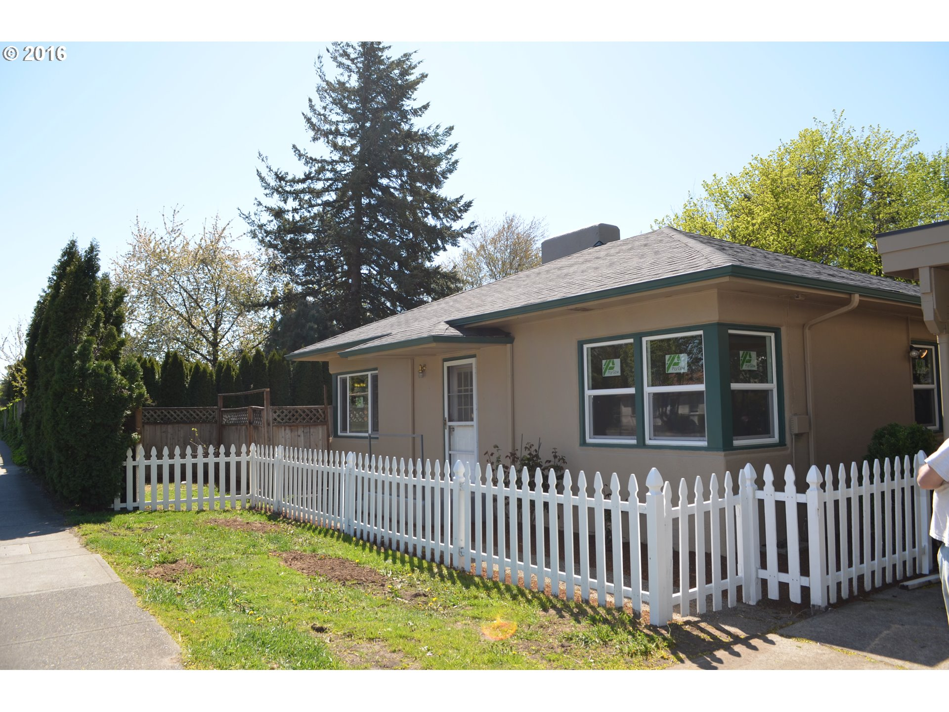 2205 SW Hensley Rd, Troutdale, OR
