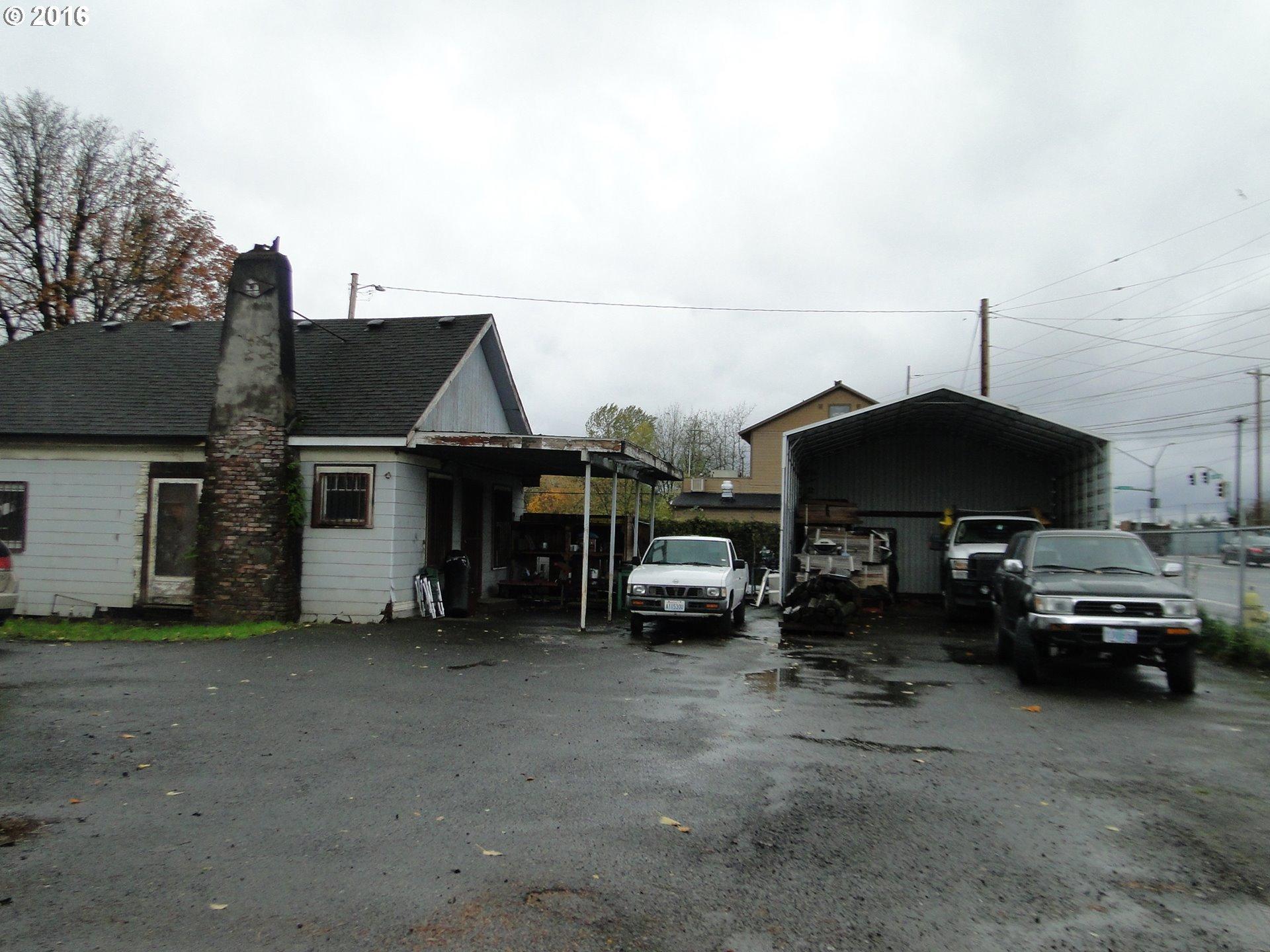 6820 SE Johnson Creek Blvd, Portland, OR