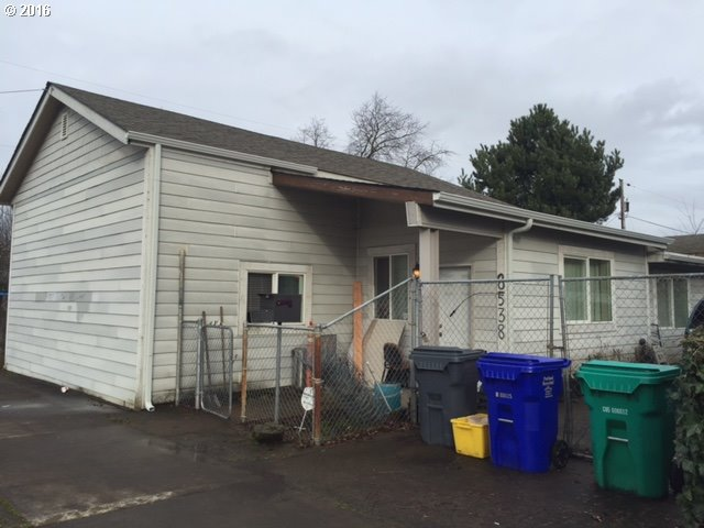 8538 N Peninsular Ave, Portland, OR
