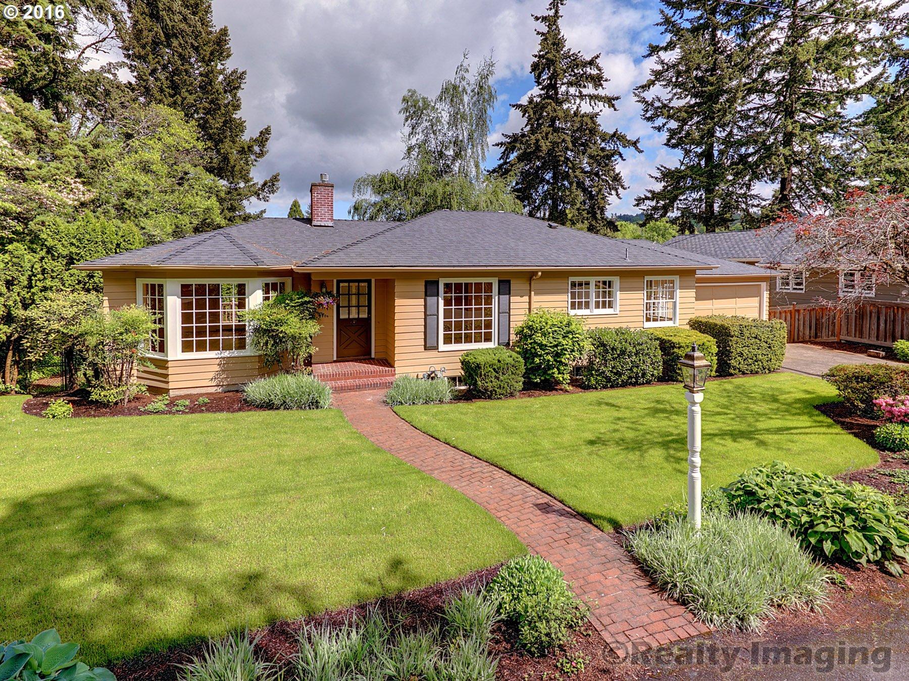 8795 SW Birchwood Rd, Portland, OR