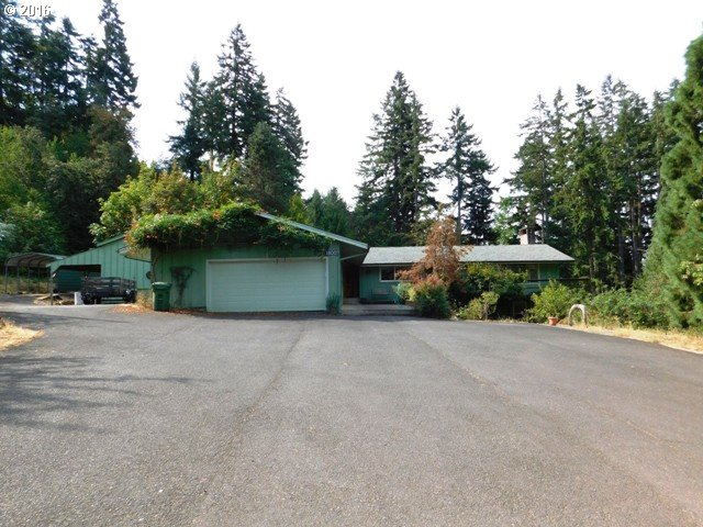 1800 Cambria Pl, Cottage Grove, OR