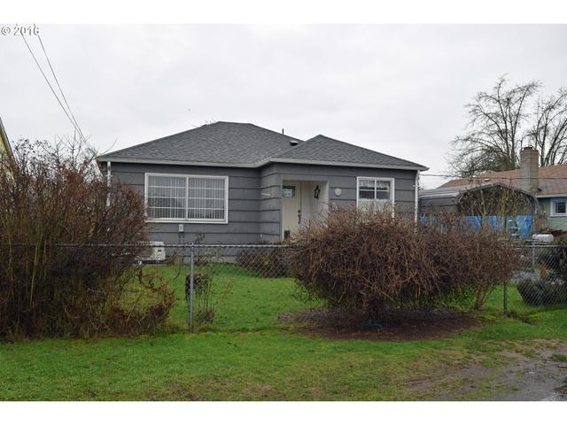 713 S 7th Ave, Kelso WA 98626