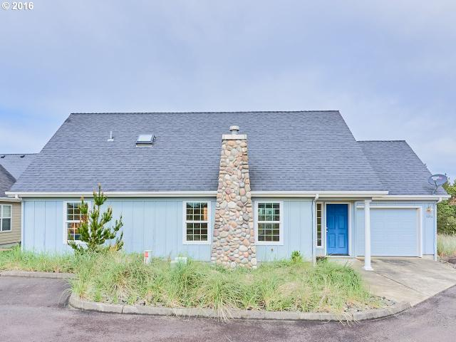 5908 Four Sisters Ln, Cloverdale OR 97112