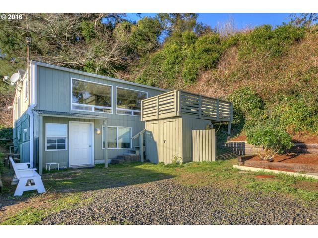726 SW 13th St, Newport, OR