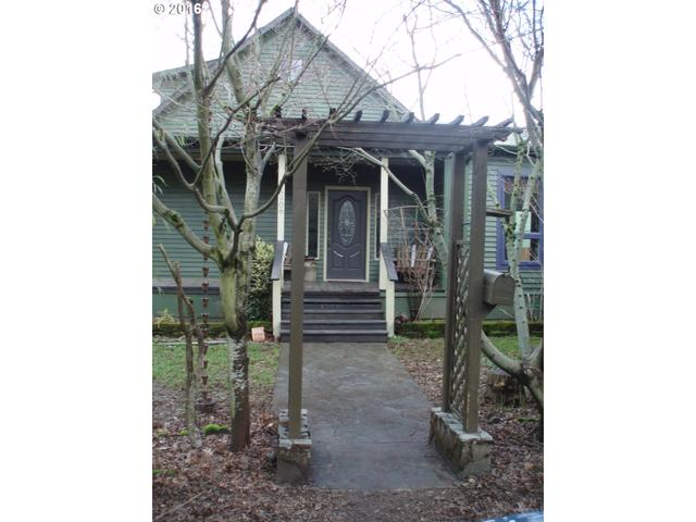 5906 SE 42nd Ave, Portland OR 97206